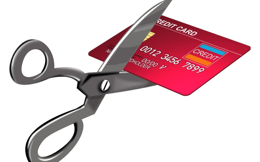 Should I Cut Up My Credit Cards if I Want to Get a Mortgage?
